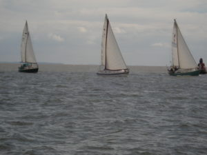 Yachts racing